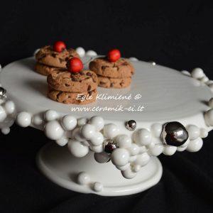 Keraminė tortinė su keksiukais